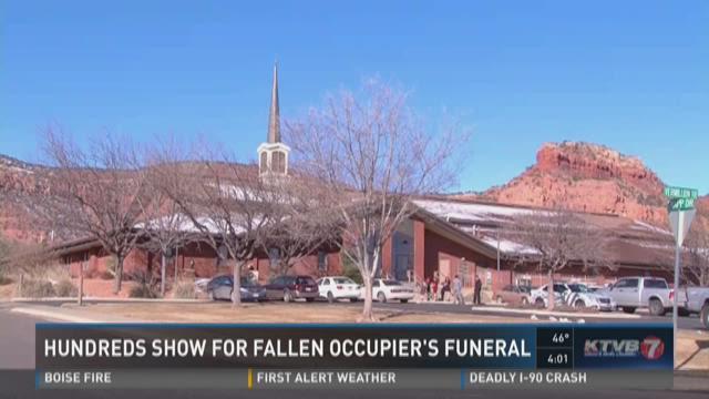 Hundreds show support for fallen occupier